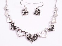 Necklace - Black Rhinestone Heart Set