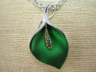Necklace - Green Lily