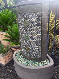 Cyclops Speckled Water Feature 100cm x 140cm