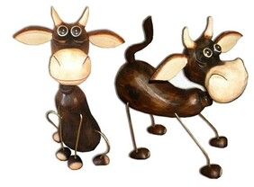 Abstract Wooden Cow / Sitting