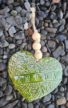Hasina Arts - Ceramic Heart Aroha - Green