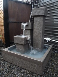 Cascading Pillars Water Feature