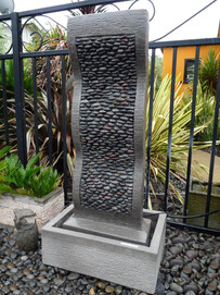 Pebble Effects Water Feature / Grey 75cm x 147cm