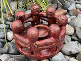 Pottery Circle of Friends 25cm / Red