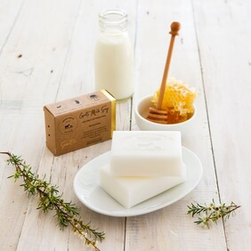 Goats Milk Soap - Manuka Honey