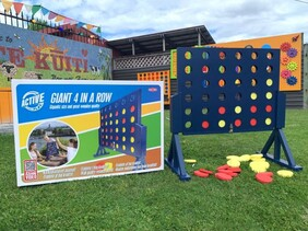 Outdoor Games - Connect 4 / Giant 4 In A Row